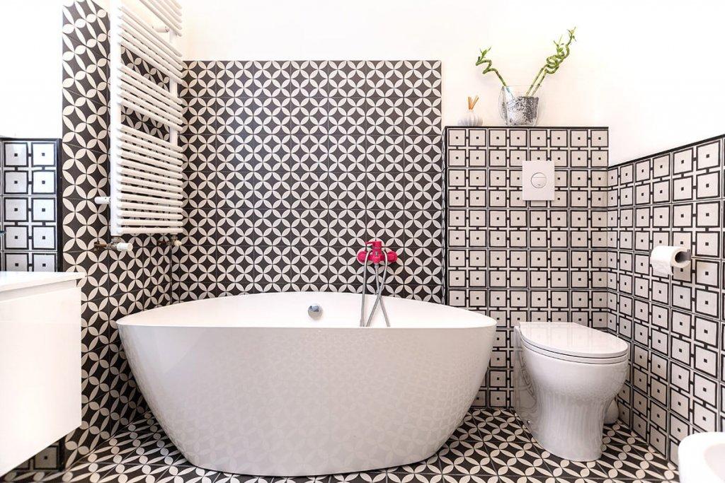 Termosifoni da arredamento in bagno vintage con vasca e pezzi | FacileRistrutturare