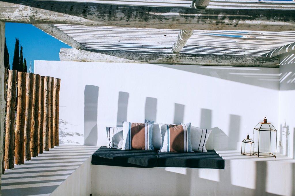 angolo relax esterno balcone giardino