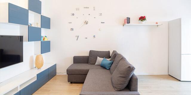 salone, tv, divano Ristrutturazione appartamento a Sesto San Giovanni