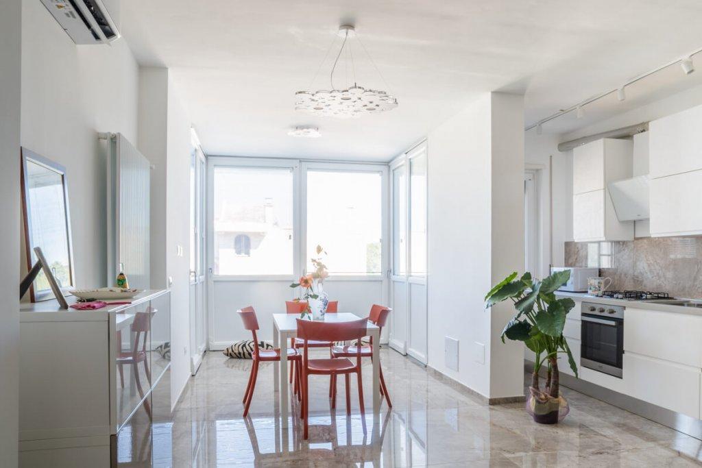 Sala da pranzo, Ristrutturazione appartamento a Bari, zona Torre a Mare